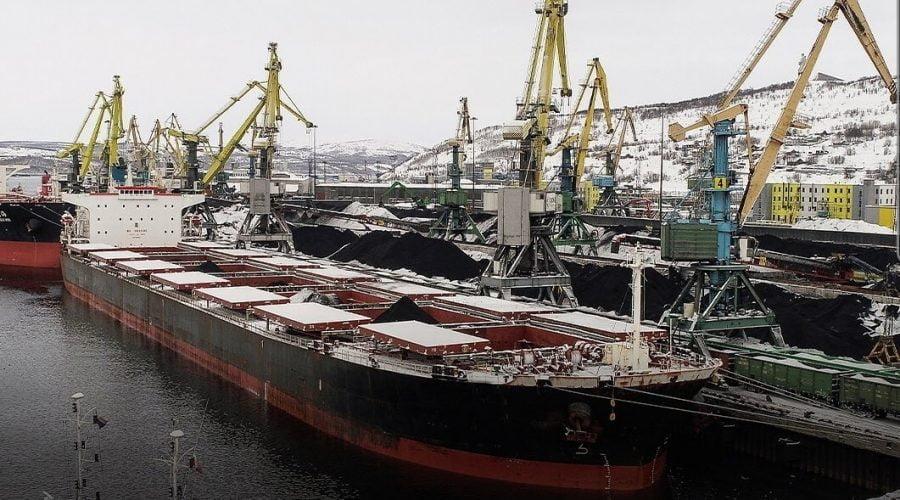 Новый грузовой комплекс в порту Сахалина